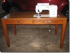 desk 012