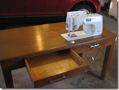 desk 015
