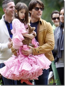 suri-cruise-flamenco