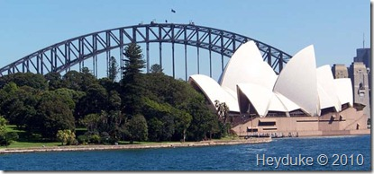 opera house and ahrbor bridge