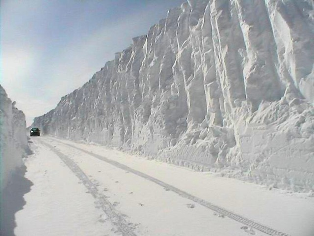 [snow_mountain6.jpg]