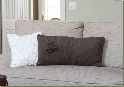 Pillows 090