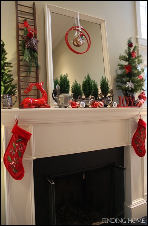 hats and christmas mantel 046