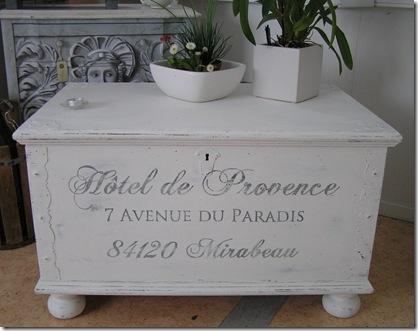 Kistbord Hotel de Provence