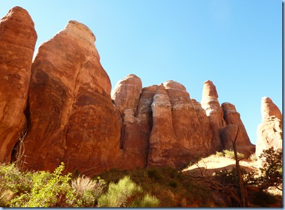 Arches Nat'l Park Fiery Furnace from bottom 1