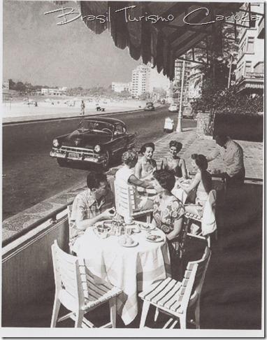 """""""Deck"""" do bar do Hotel Luxor Regente"""