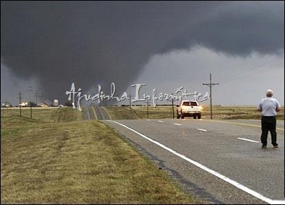 tornados- ajudinha-informatica 14