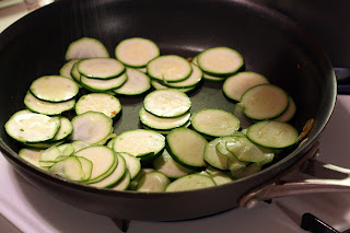 picture of sauteing zucchini
