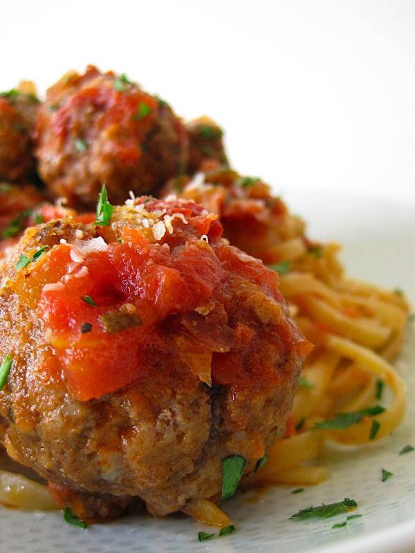 Secret Ingredient - Spaghetti and Meatballs (All'Amatriciana)