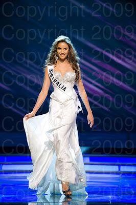 australia Miss Universo 2009: Inspirações para vestidos de madrinha e noiva