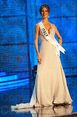italia1 Miss Universo 2009: Inspirações para vestidos de madrinha e noiva