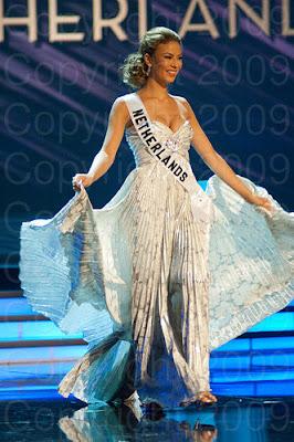 holanda Miss Universo 2009: Inspirações para vestidos de madrinha e noiva