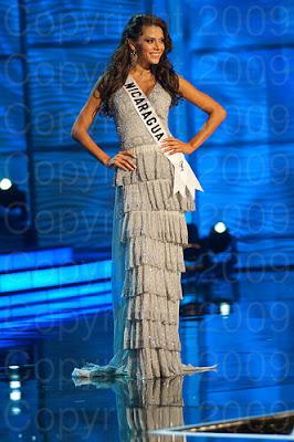 nicaragua1 Miss Universo 2009: Inspirações para vestidos de madrinha e noiva