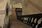Schodiště do prostor, které obývá sám pan hrabě Štemberk.
