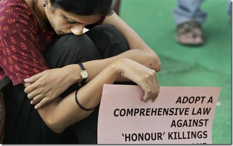 india-demonstrator-honor-killings