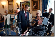 220px-barack_obama_speaks_to_stephen_hawking
