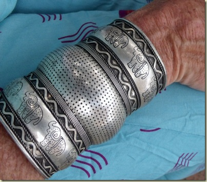 03 Bracelet made in Touarcek Niger Hermanus Western Cape ZA (800x700)