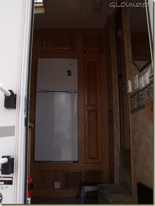 02 Entrance into kitchen (768x1024)