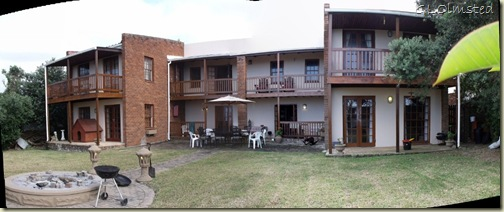 03 Backyard & house Bob & Lesely's CSers Gonubie Eastern Cape ZA pano (1024x427)