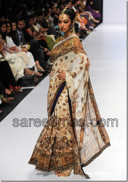Pakistani-Saree-Fashion-Show-2010