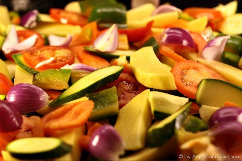 carnati pe grill cu legume 2