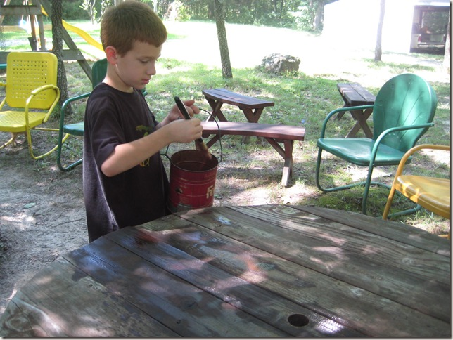 Dakota staining picnic table