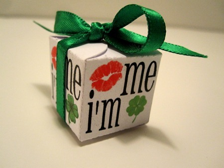 kiss me i'm irish box