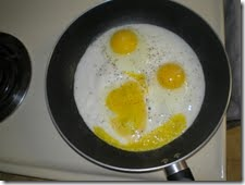 smily face eggs