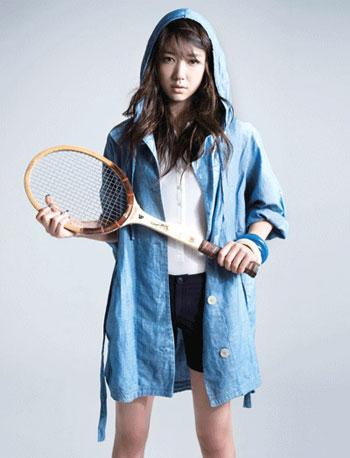 Park Shin Hye กับเสื้อผ้าแบรนด์ Lacoste