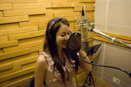 Lee Ji Ah ร่วมร้องเพลงในโปรเจคเทเลซีนีม่าระหว่างเกาหลีและญี่ปุ่น