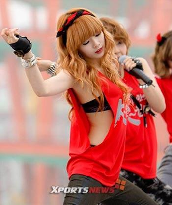 HyunA (4minute) ตอบโต้เรื่องสไตล์เสื้อผ้าของเธอ