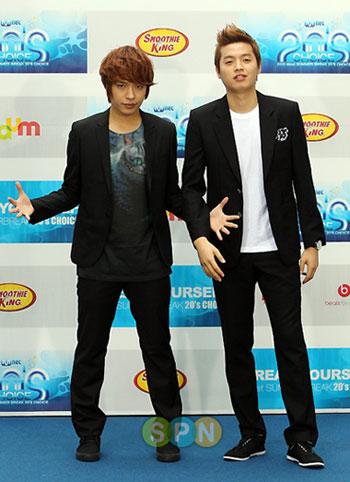 รวมภาพถ่ายงานพรมน้ำเงิน Mnet 20's Choice ปี 2010