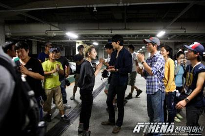 ภาพถ่าย BoA จากกองละคร Athena ในญี่ปุ่น