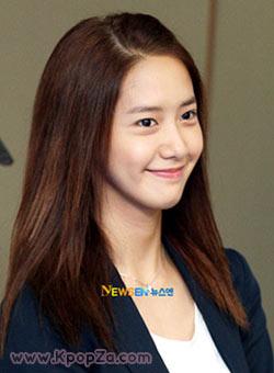 YoonA ได้รับเลือกเป็นไอดอลยิ้มสวย