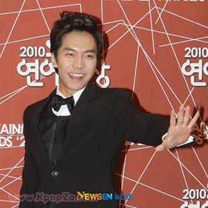 Lee Seung Gi ยังไม่มีแผนที่จะเดบิวต์ในญี่ปุ่น
