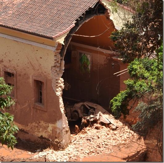 capela suspiro destruida detalhe