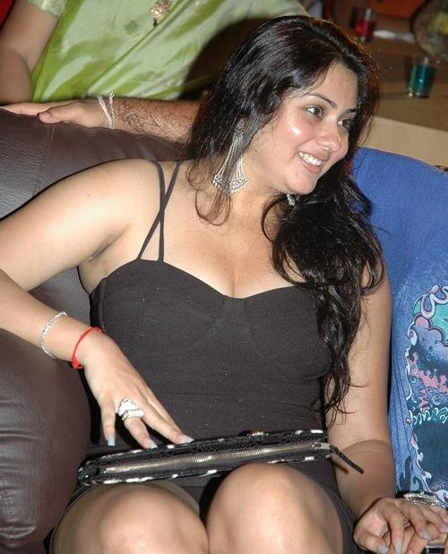 Namitha Navel, hot actress Namitha Navel, sexy Namitha Navel, hot Tamil actress, hot actress in world