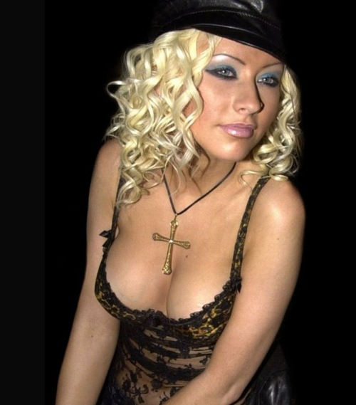 Hot-_Actress_Christina_Aguilera_4