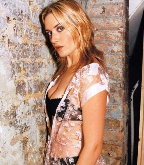 Kate_Winslet_Hot_Actress_12