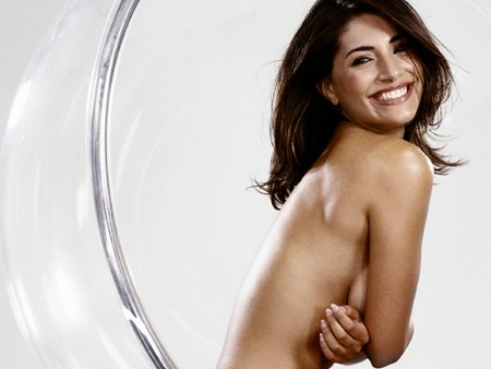 Caterina Murino latest hot photos 3