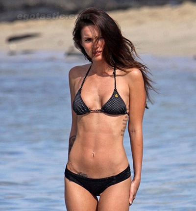 Megan_Fox_BIKINI_Photos_9