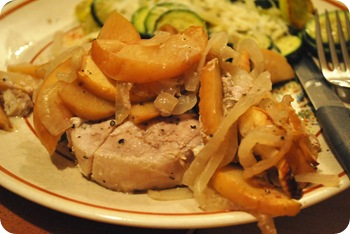 Pork chops with apple and onion