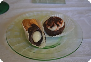 bridal luncheon - cannoli, brownie
