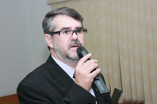 Carlos Augusto Martini é reeleito