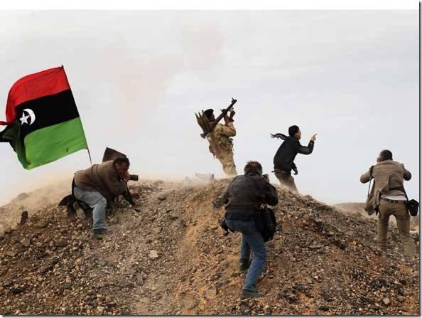 size_590_fotojornalista-libia
