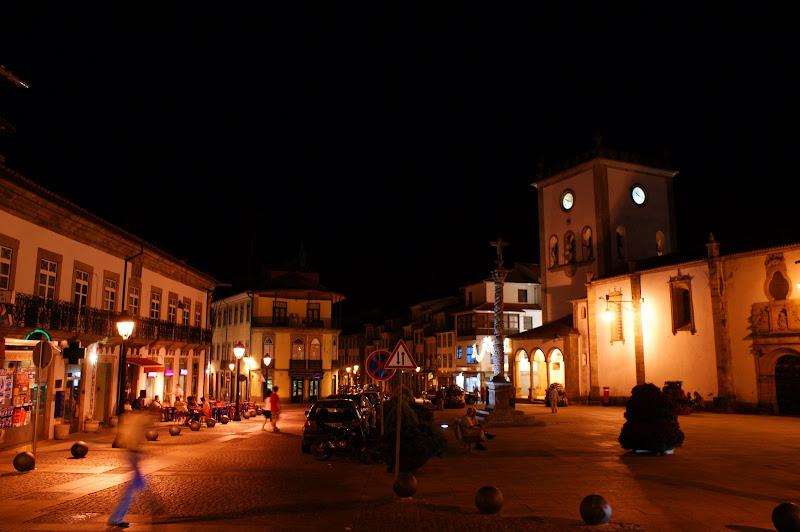 Bragança, Praça da sé à noite