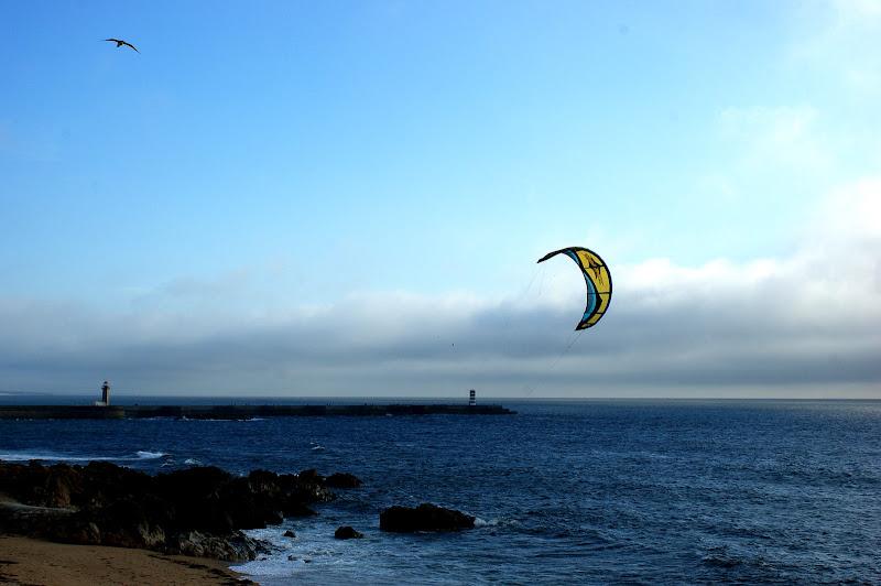 Kitsurfing na foz do Porto