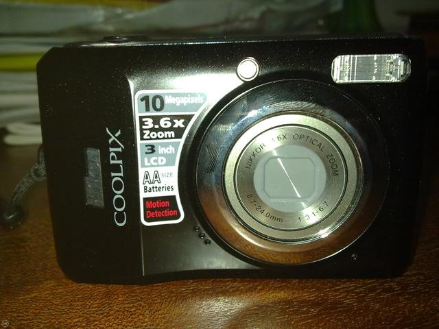 Nikon L20