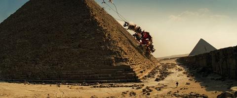 devastator-climbing-pyramid