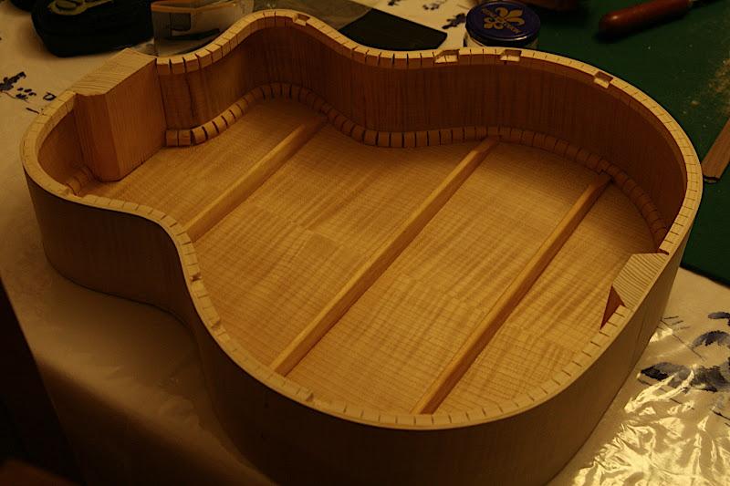 Guitare Jazz Manouche u2022 Voir le sujet Kit de bois de lutherie # Kauffer Bois De Lutherie